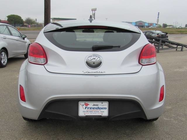 Pre Owned 2017 Hyundai Veloster Value Edition Hatchback In Killeen