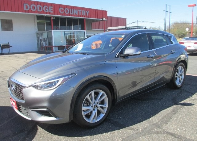 PRE-OWNED 2017 INFINITI QX30 LUXURY FRONT WHEEL DRIVE SPORT UTILITY