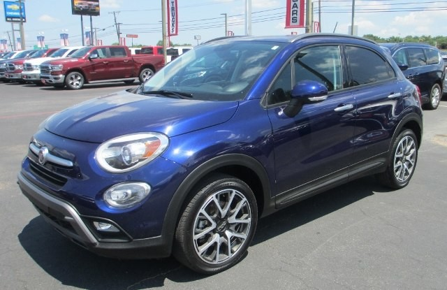 PRE-OWNED 2017 FIAT 500X TREKKING FRONT WHEEL DRIVE SPORT UTILITY